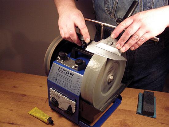 Как правильно заточить нож в домашних условиях