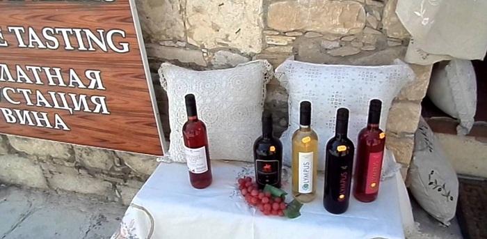 Вино на улице